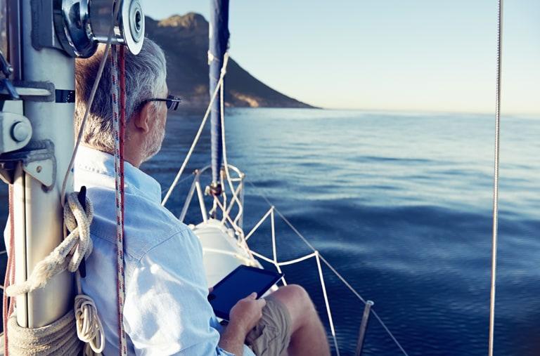 Genießen Sie die Ruhe auf Ihrem Yachtcharter in über 500 Destinationen weltweit