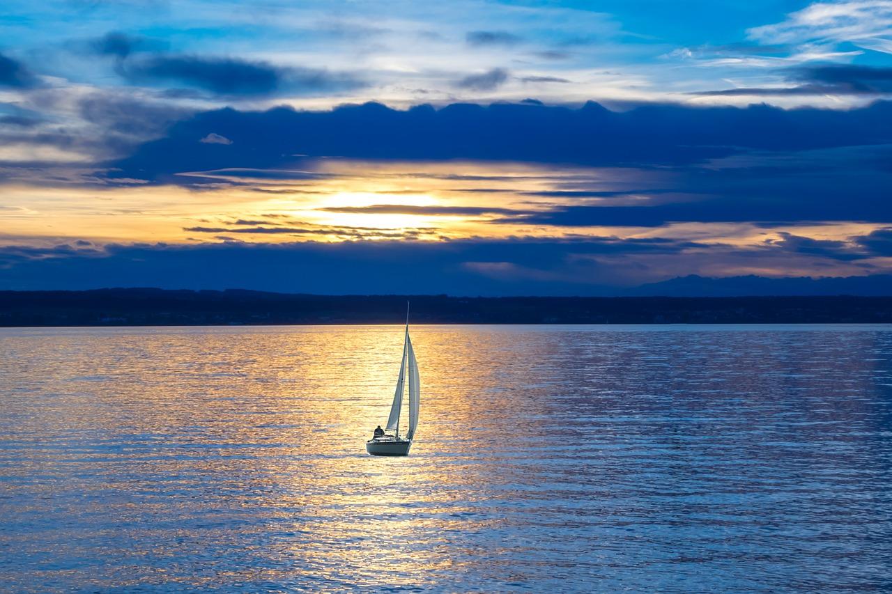 sailing-boat-596462_1280