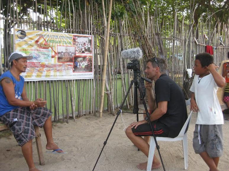 conservationist making films with local people, Zizoo