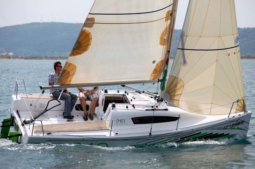 yacht sailboat charter Zizoo boat rentals