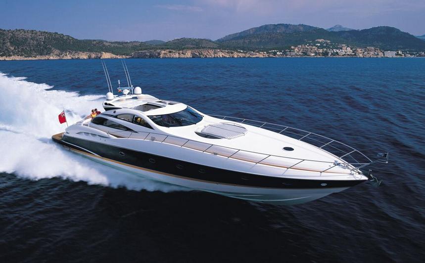 luxury yacht charter Zizoo boat rentals