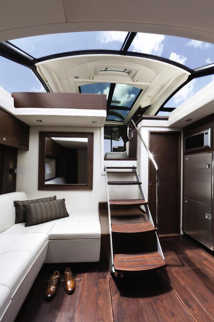 via yachtworld.com