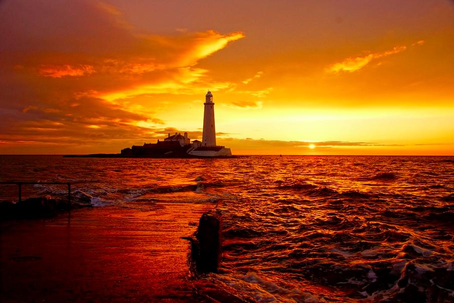 St. Mary's Lighthouse, England