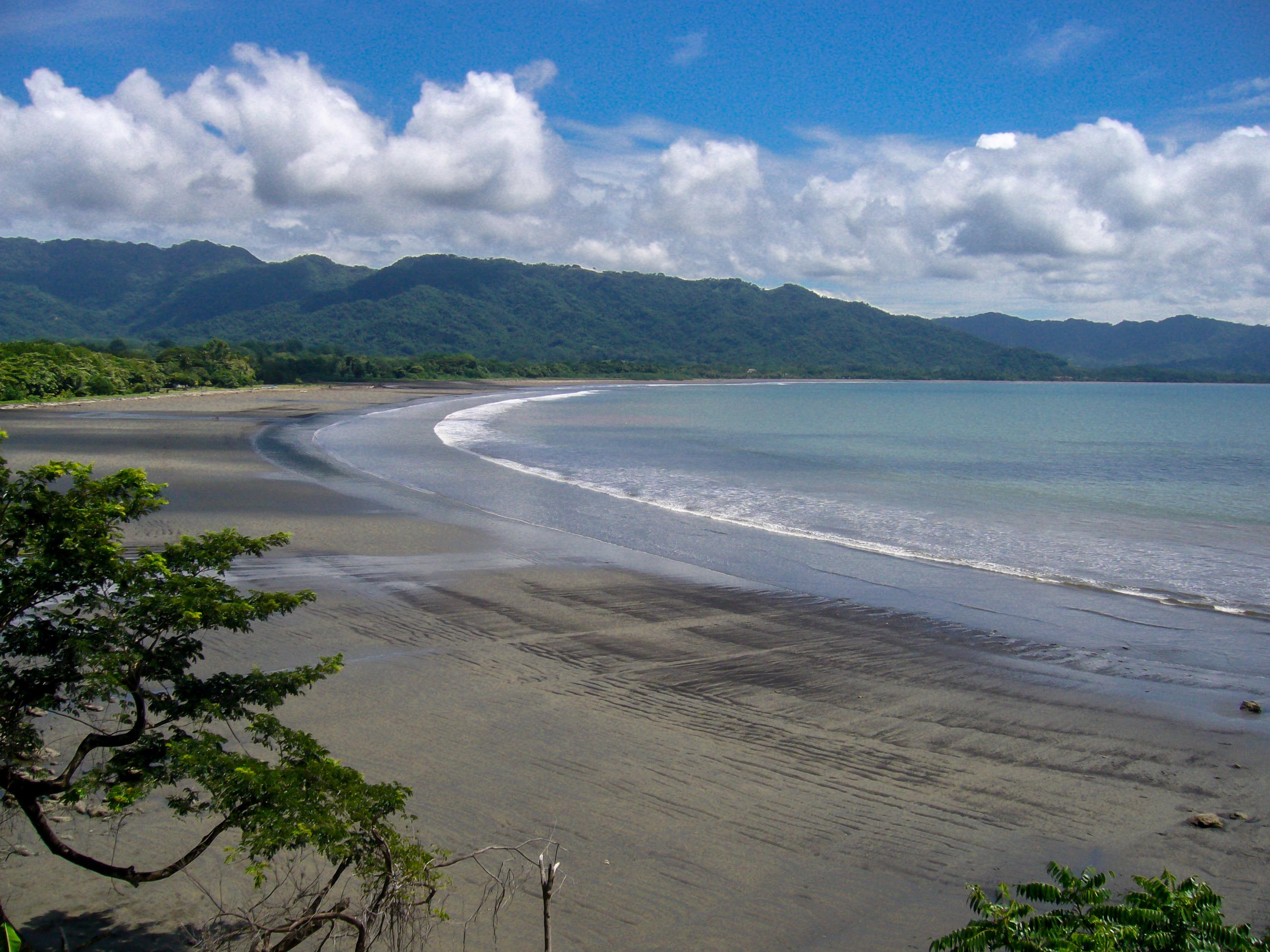 long beaches costa rica west coast