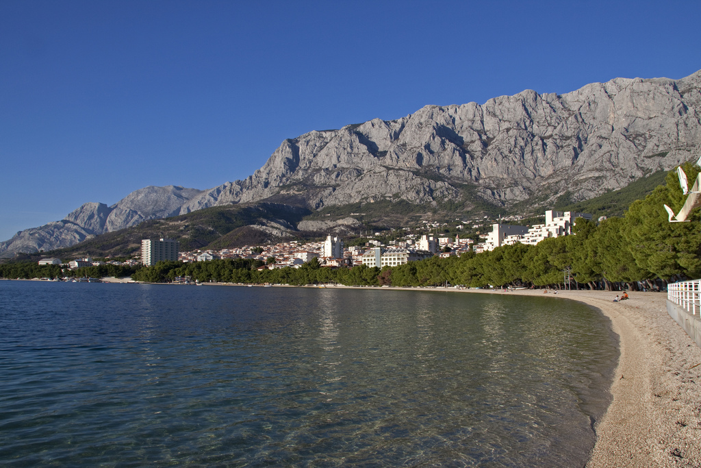 sail to makarska beach in croatia