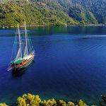 Gulet sailing
