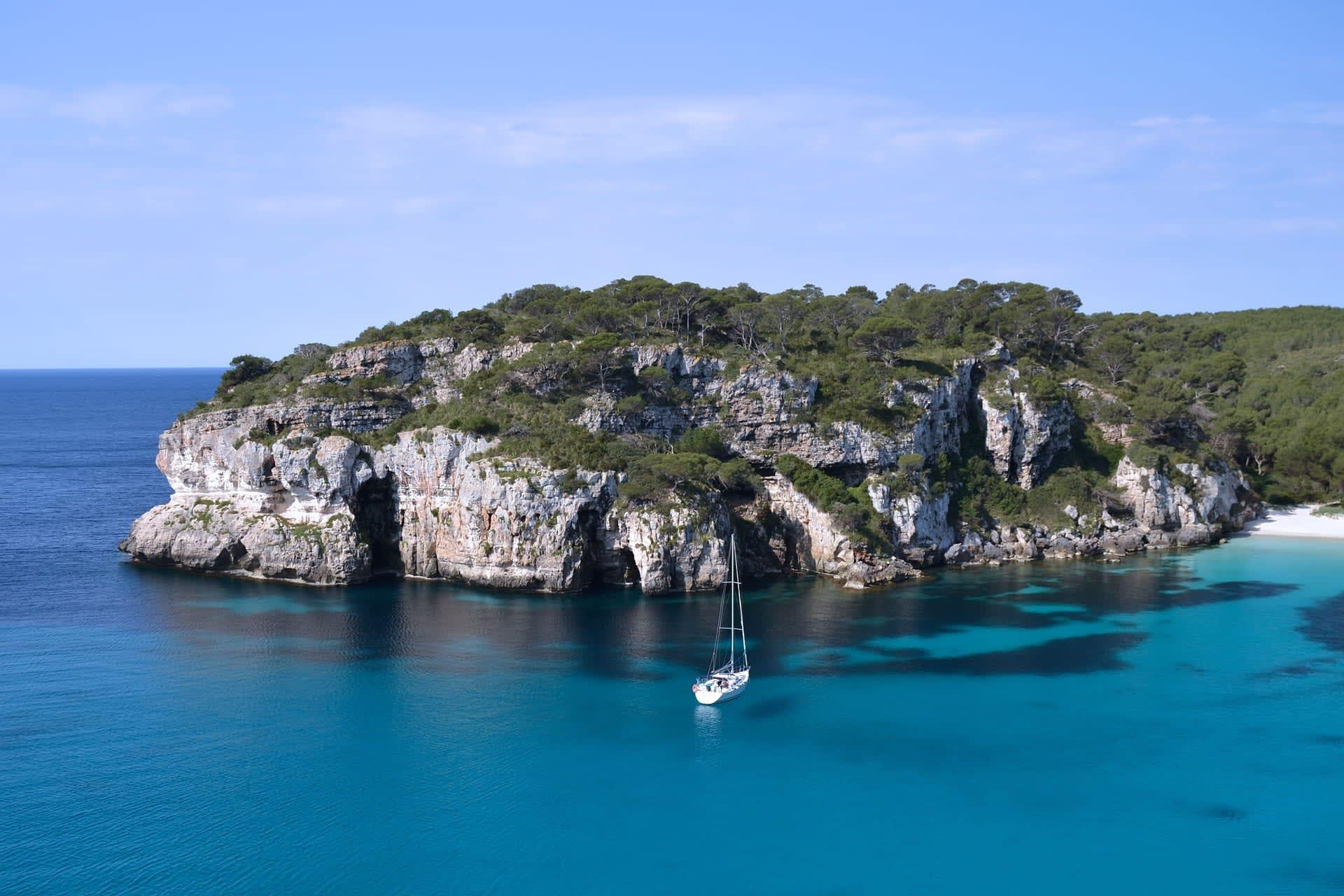 boat holiday in ibiza