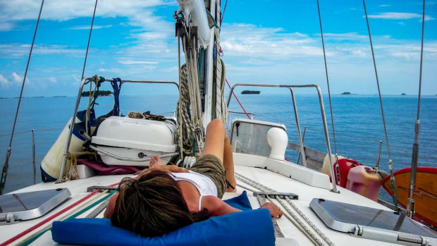 sailing blogs relaxing sailing lifestyle