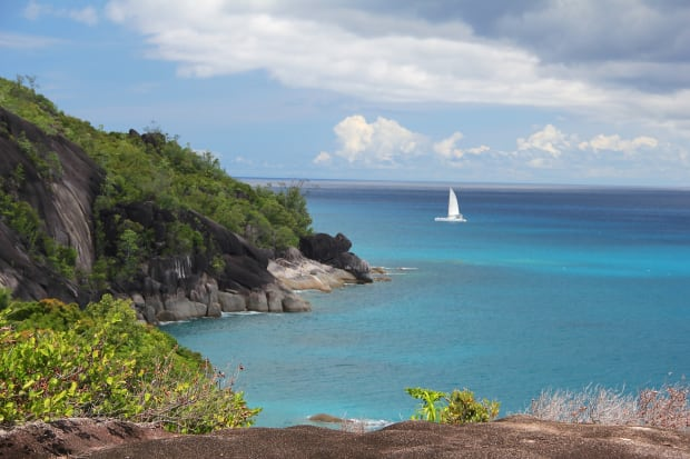 sailing in the seychelles