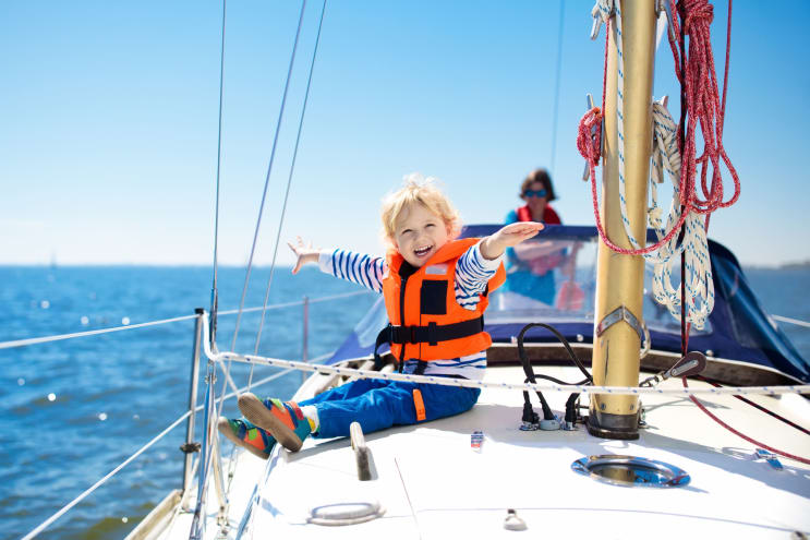 Useful Boat Features for the Baby on Board