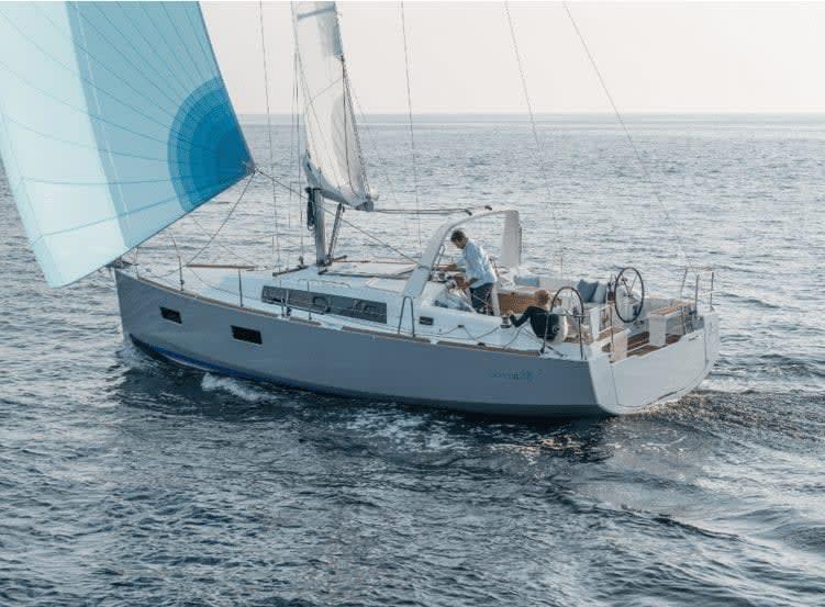 beneteau yacht charters