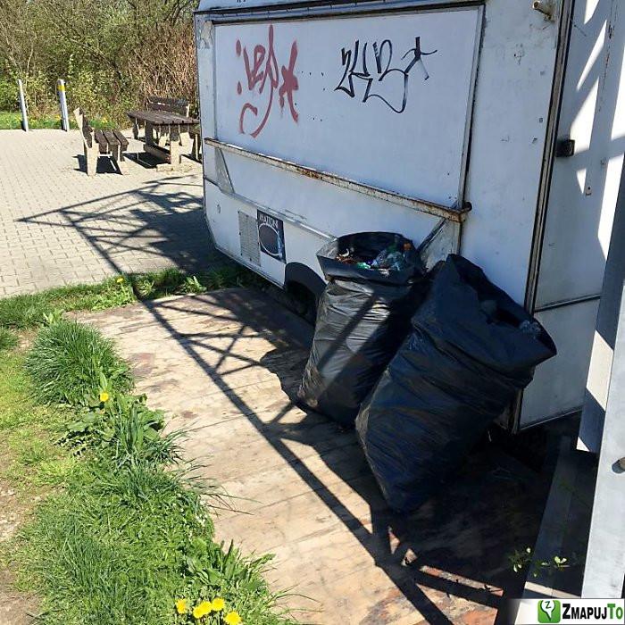 ZmapujTo.cz - hlášení číslo 136482, Odpadkový koš, kontejner, Hrabová