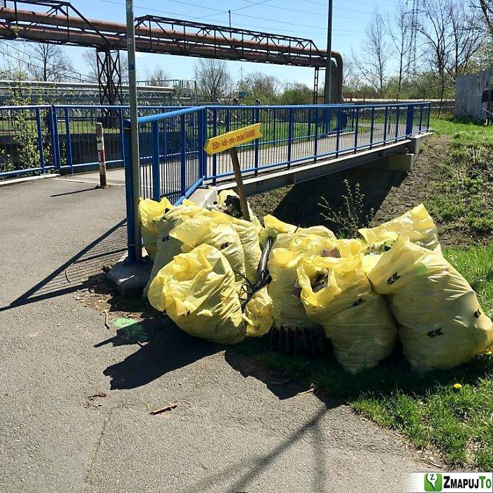 ZmapujTo.cz - hlášení číslo 136481, Odpadkový koš, kontejner, Hrabová