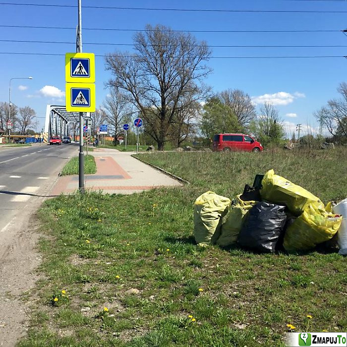 ZmapujTo.cz - hlášení číslo 136473, Odpadkový koš, kontejner, Hrabová