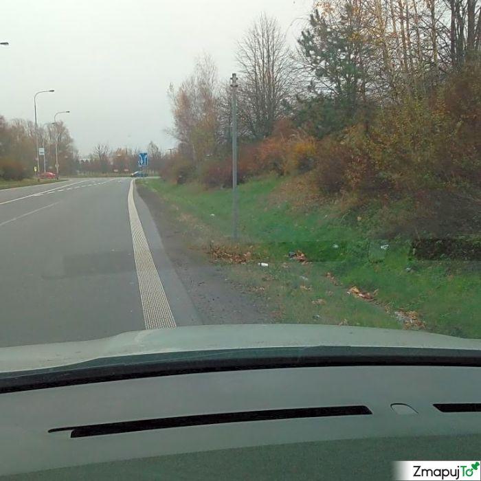 ZmapujTo.cz - hlášení číslo 174823, Poškozená dopravní značka, zrcadlo, Hrabová
