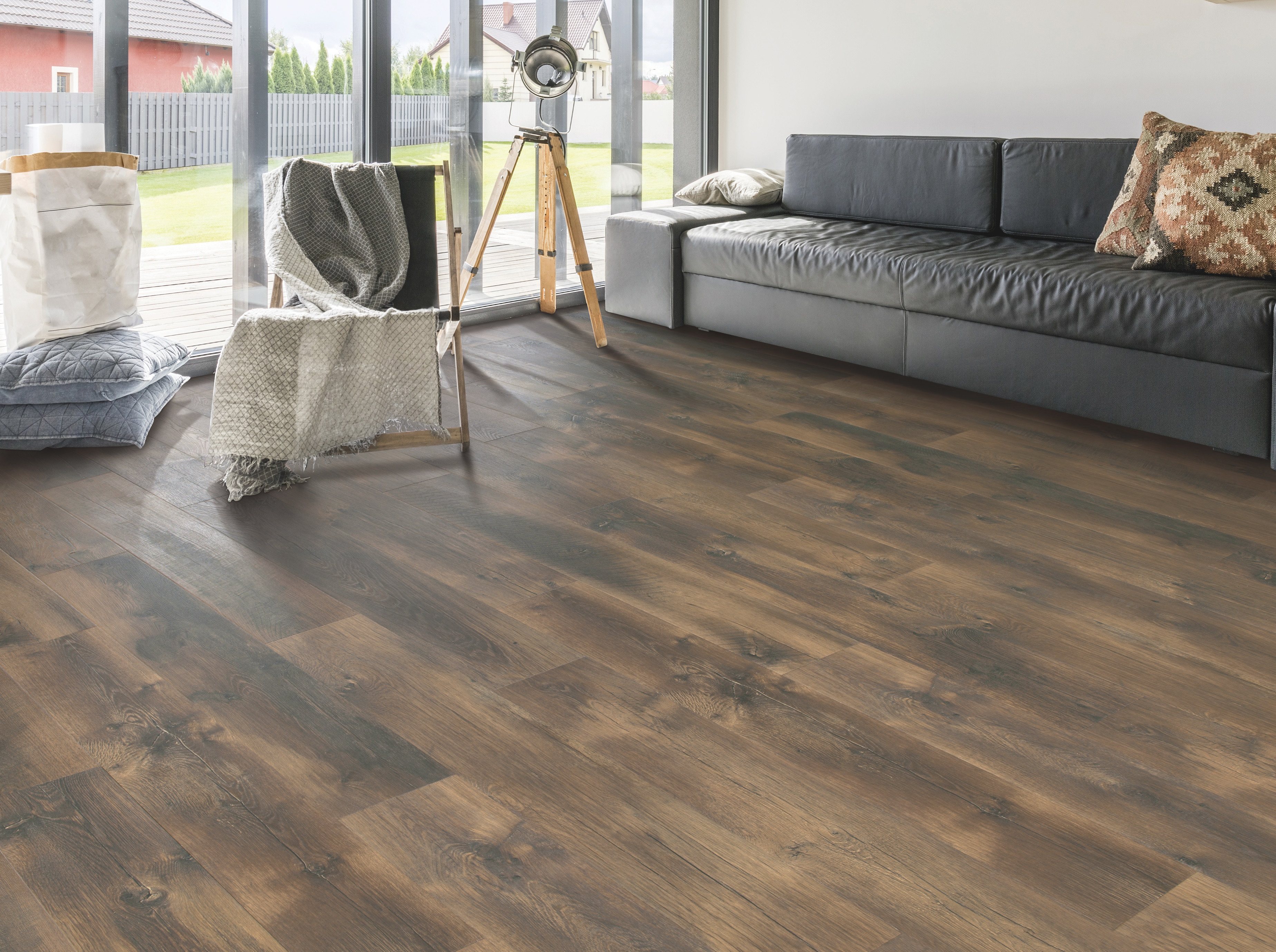 Wine Barrel Oak From Znet Flooring, Wine Barrel Laminate Flooring