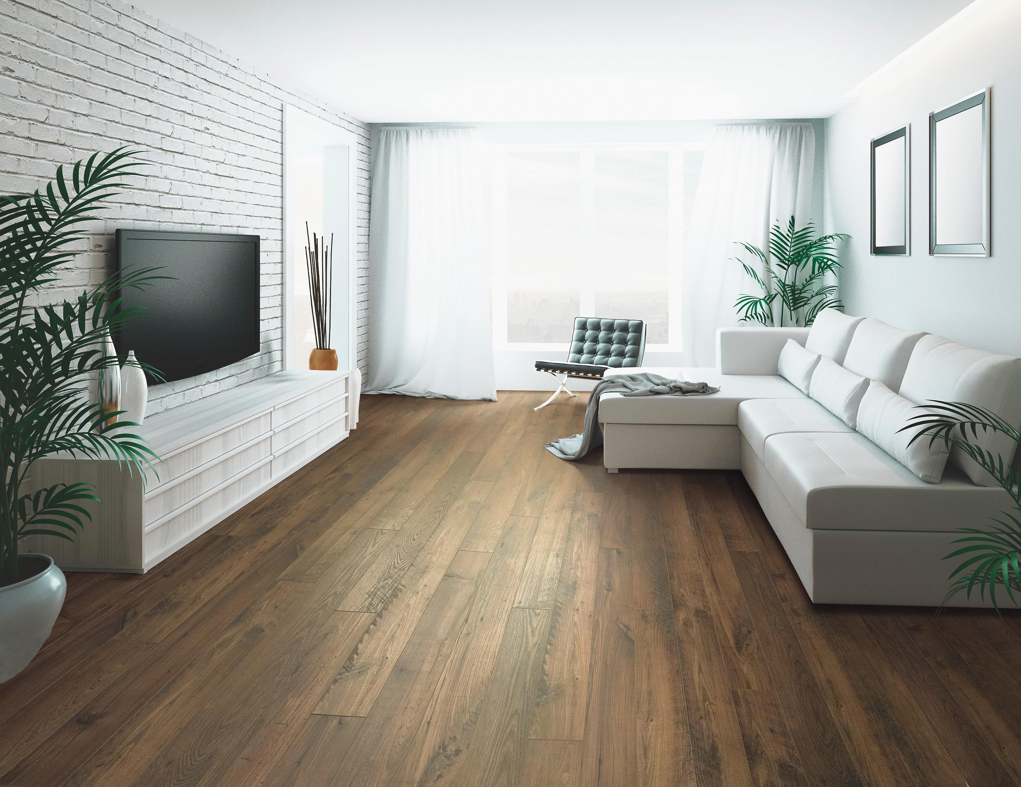 Mohawk Revwood Kingmire Toasted, Toasted Chestnut Laminate Flooring
